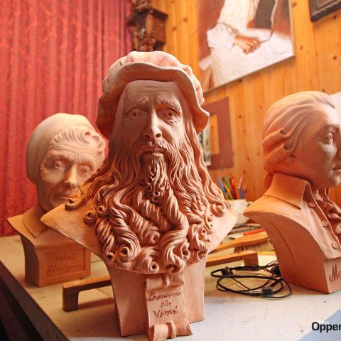 Skulpturen Leonardo Ton Kuenstler Rettenbach Allgaeu Bayern 01