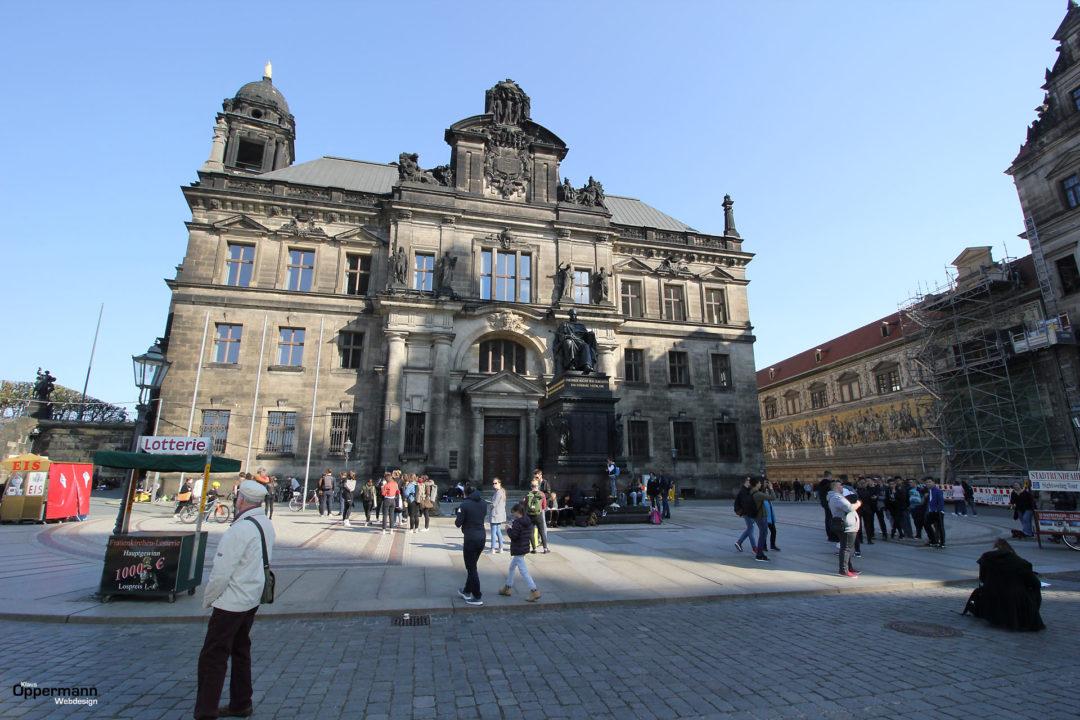 Dresden Fuerstenzug 03