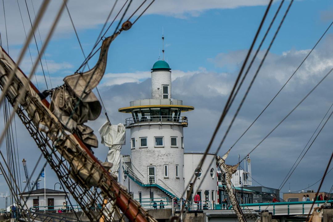 Leuchtturm Harlingen 01 Segeln auf dem IJsselmeer