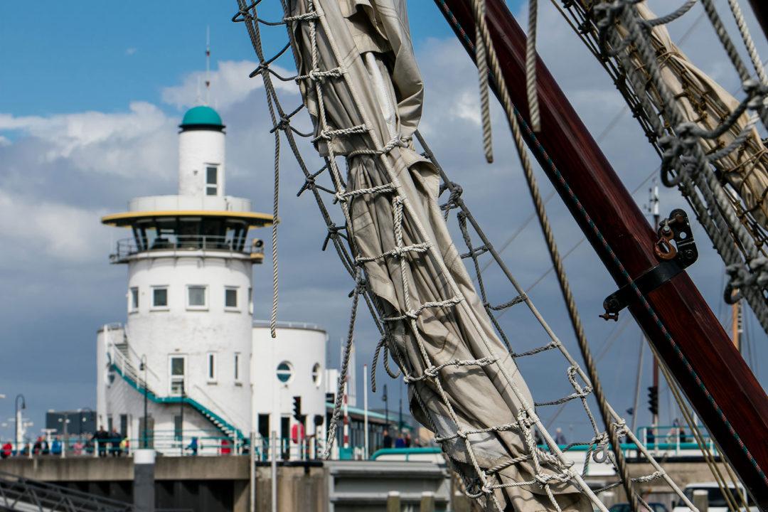 Leuchtturm Harlingen 02 Segeln auf dem IJsselmeer